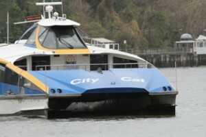 Brisbane-City-Cat-Ferry-Crossing-River